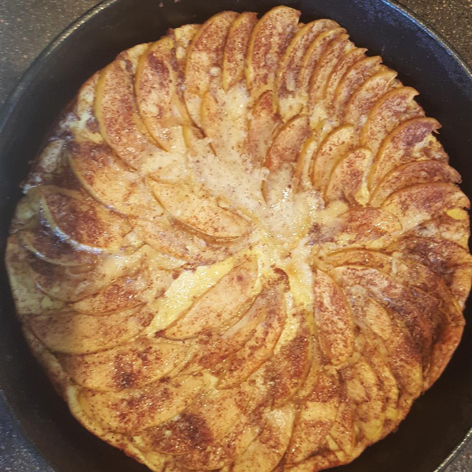 German Apple Pancake Kellie Thompson