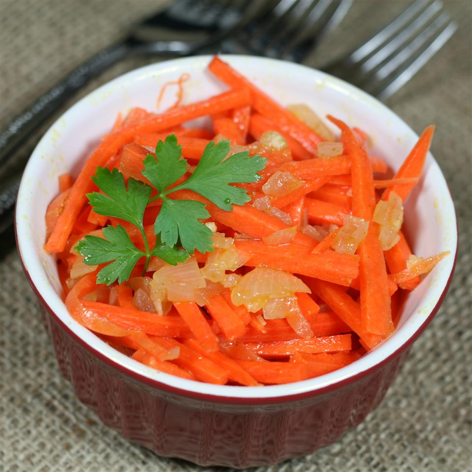 Russian Carrot Salad (Korean-Style)