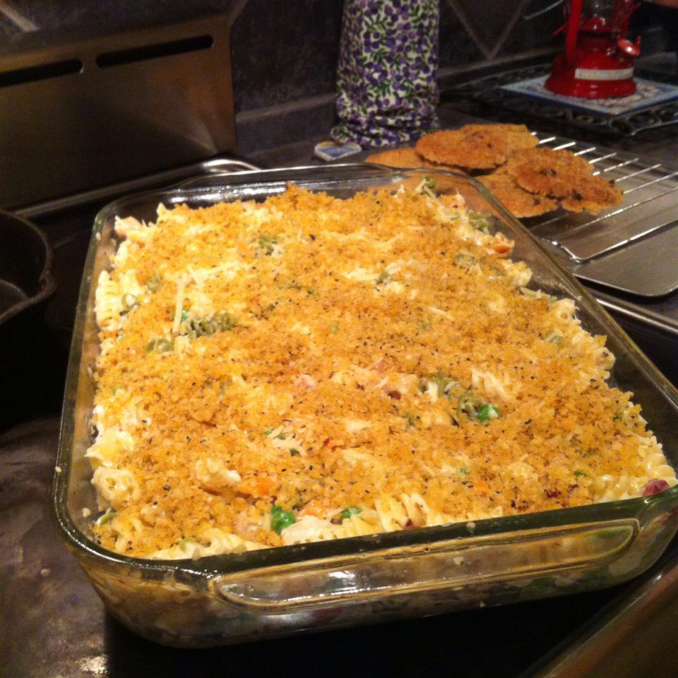 Garlic Chicken Mac and Cheese Brook Hiland- Hennefer