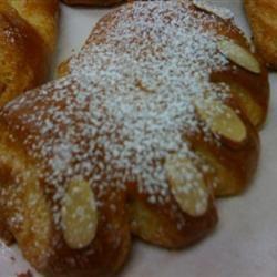 Almond Bear Claws Ghhh