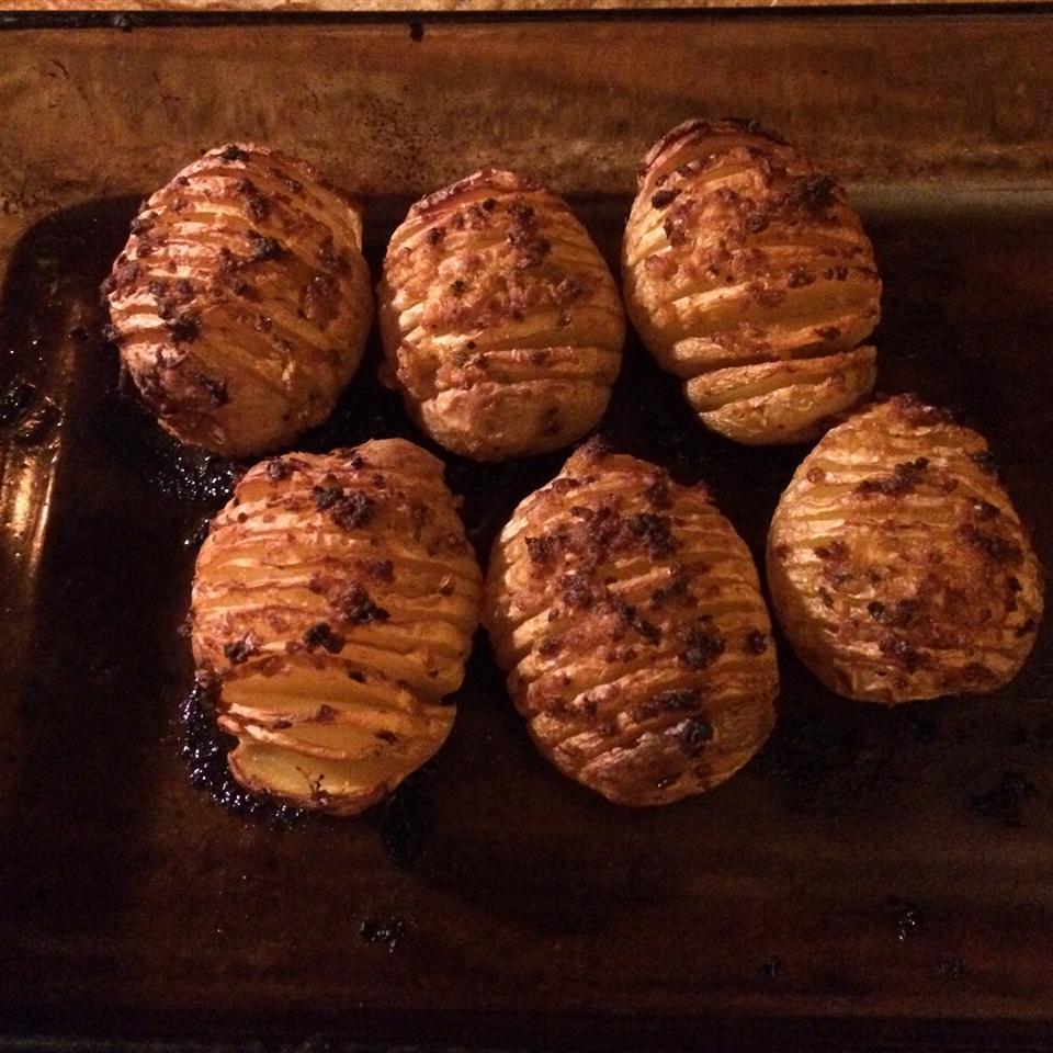 Fabienne's Hasselback Potatoes Chefsi
