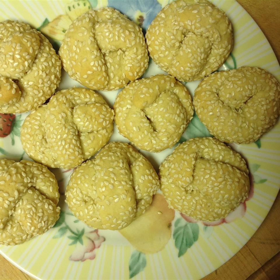 Aunt Anne's Sesame Cookies Lee M. Longo