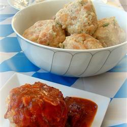 Semmelknoedel (Bread Dumplings) FoodieWife