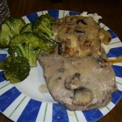Mushroom Pork Chops ROSIESTOES