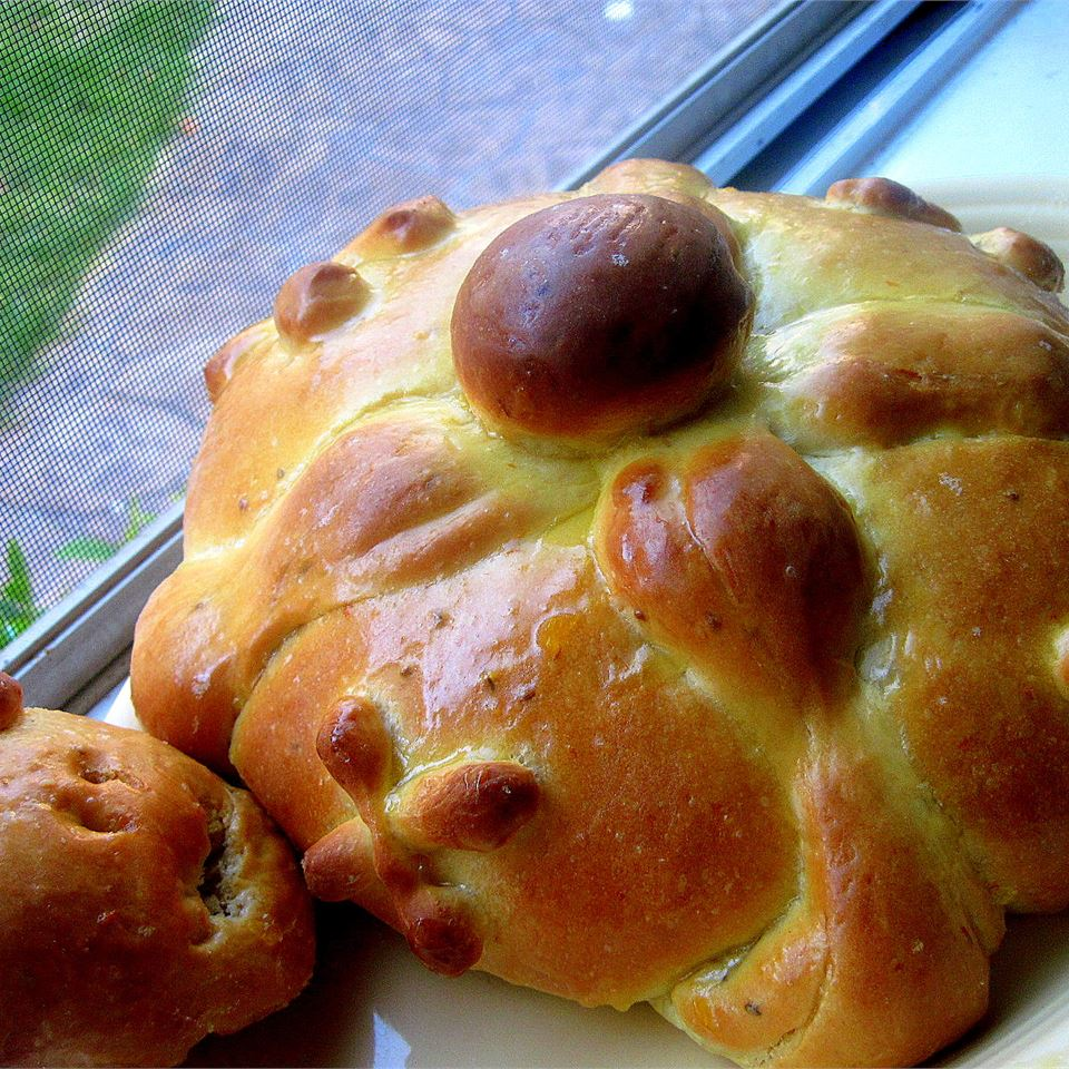 Pan de Muertos (Mexican Bread of the Dead) Althea