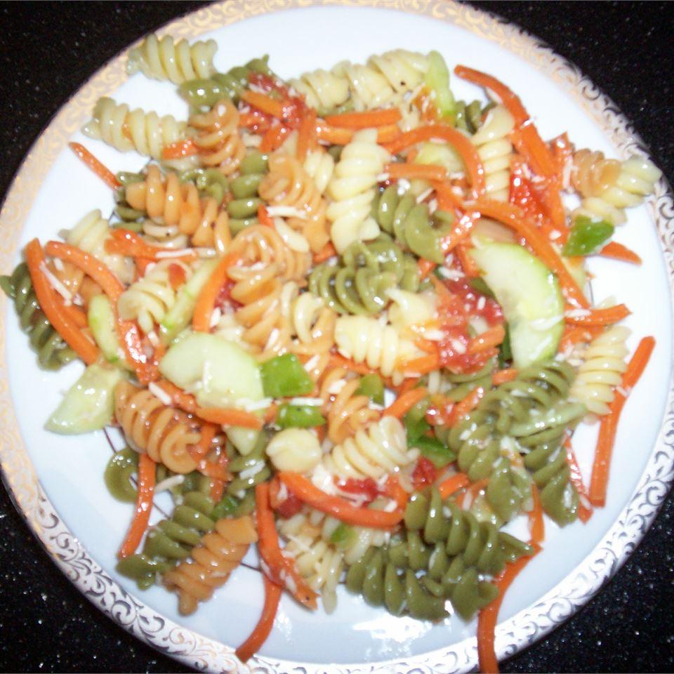 Garden Pasta Salad destaleigh