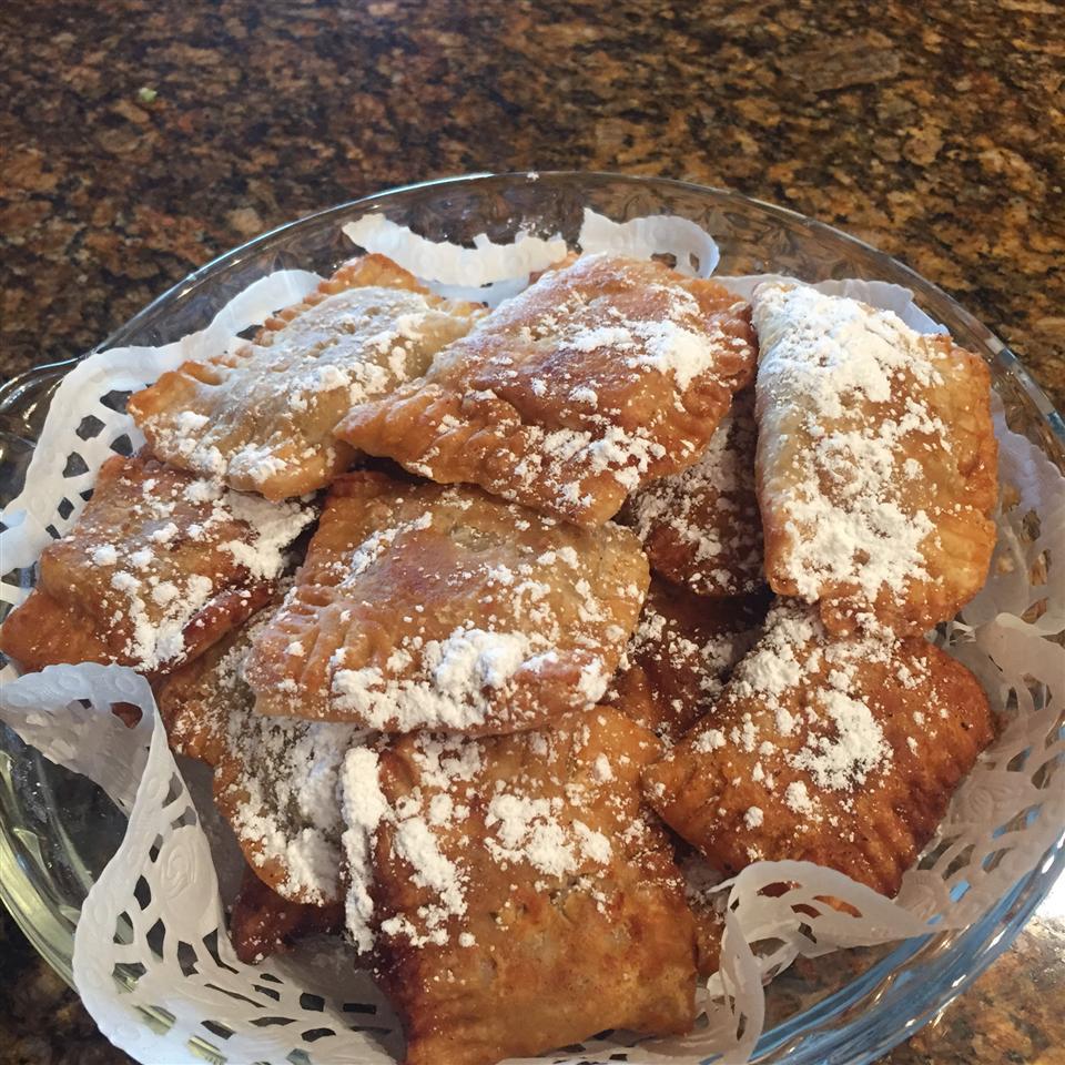 Zu's Fried Apple Pies