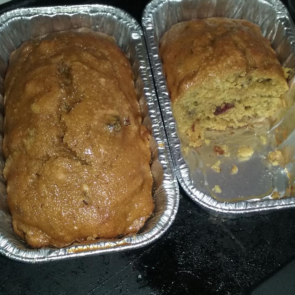 Pumpkin Cranberry Bread Gloria Murillo