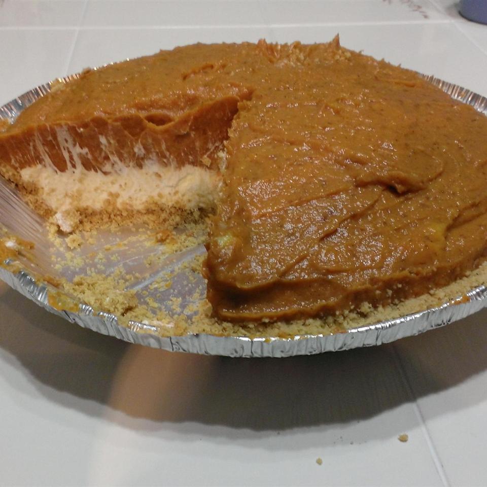 Double Layer Pumpkin Pie smocaligrl