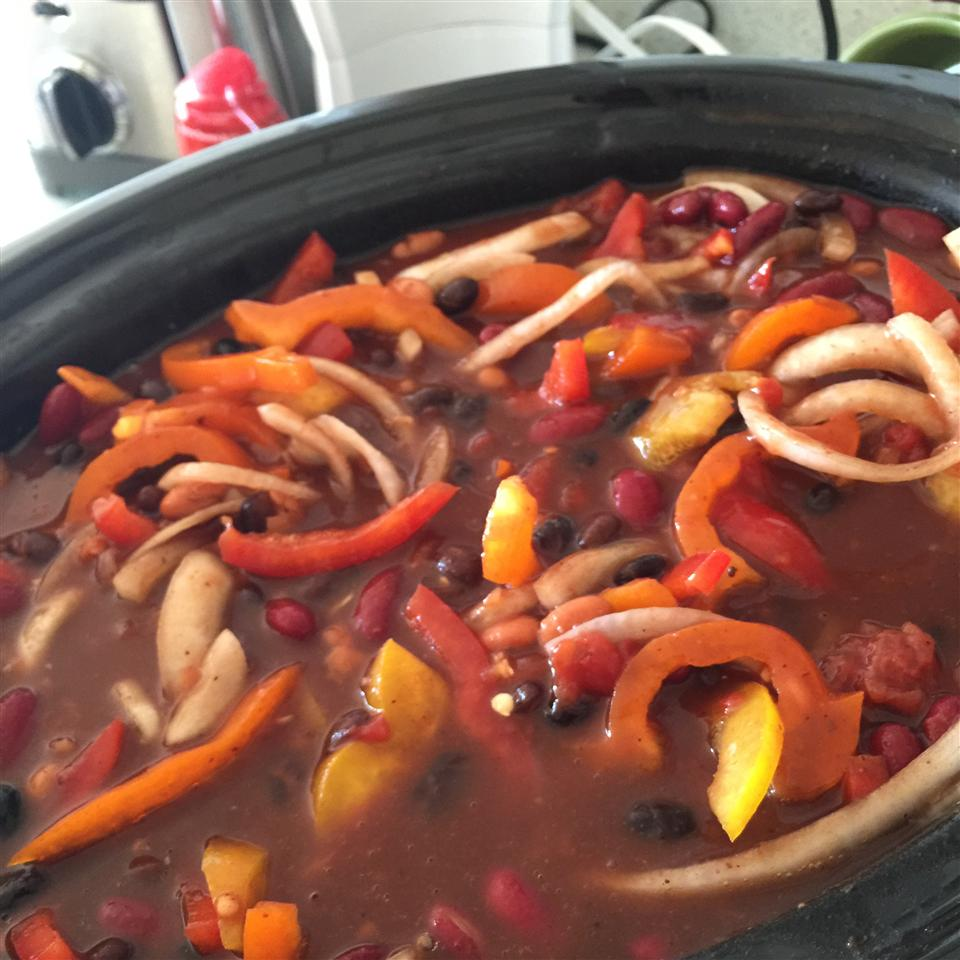 Slow Cooker Sweet Chicken Chili