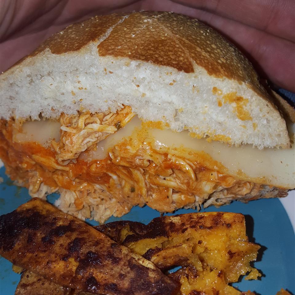 Slow Cooker Buffalo Chicken Sandwiches Dominique