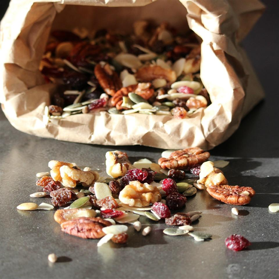 Antioxidant Trail Mix srtickle