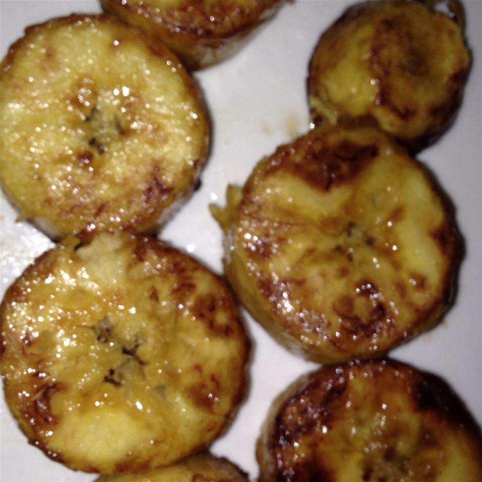 Sauteed Sweet Plantains (Tajaditas Dulces de Platano)