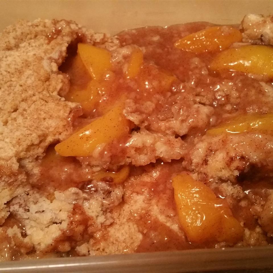 Easy Stovetop Peach Cobbler KELIEGH