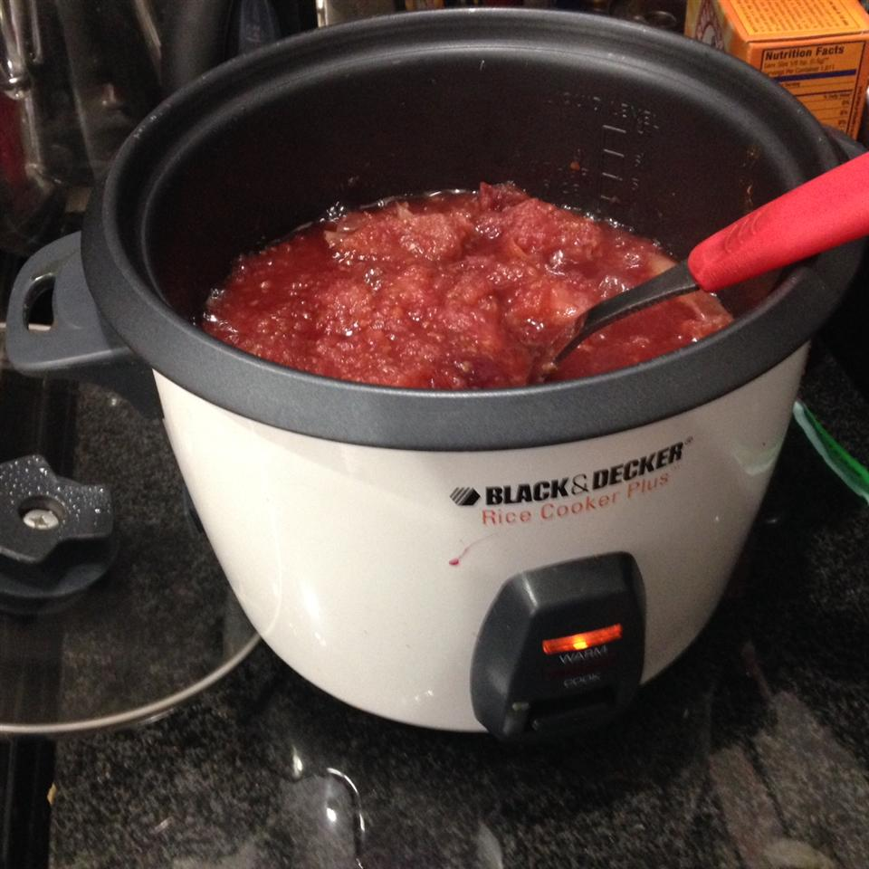 Rice Cooker Recipe: Raspberry Applesauce