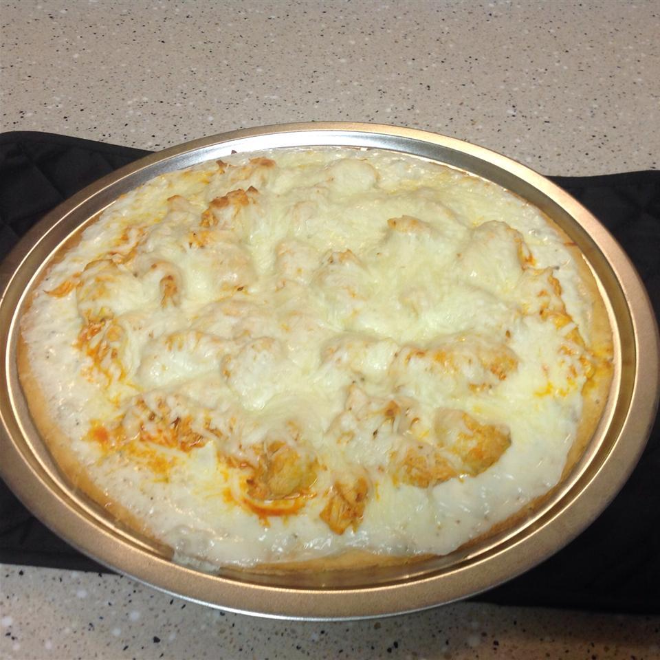Buffalo Style Chicken Pizza irishguy84
