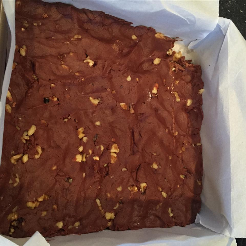 Homemade Yummy Fudge lsinnwell