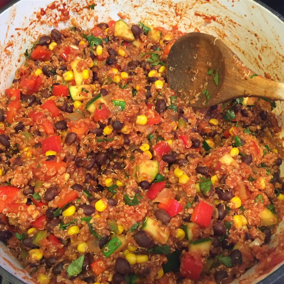 Quinoa and Black Bean Chili Anonymous