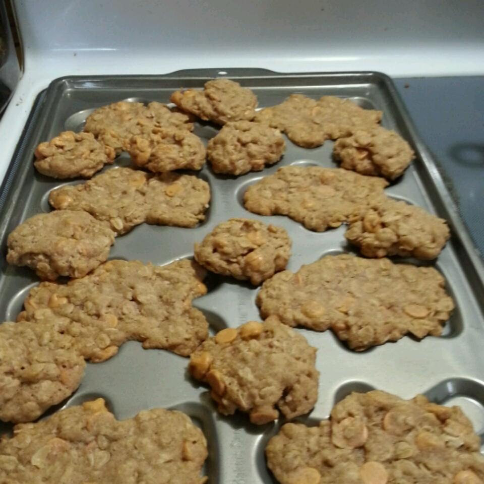 Oatmeal Scotchies Cookies