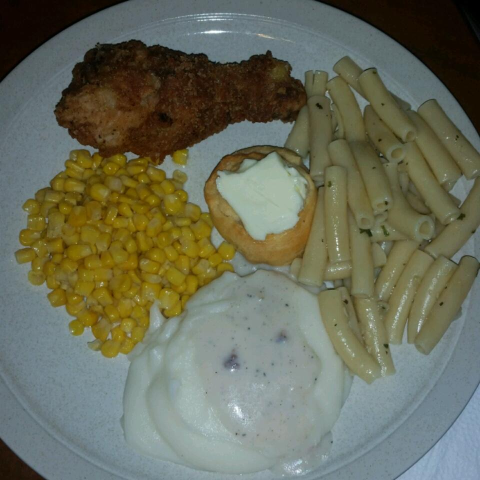 Fried Chicken with Creamy Gravy pork chops