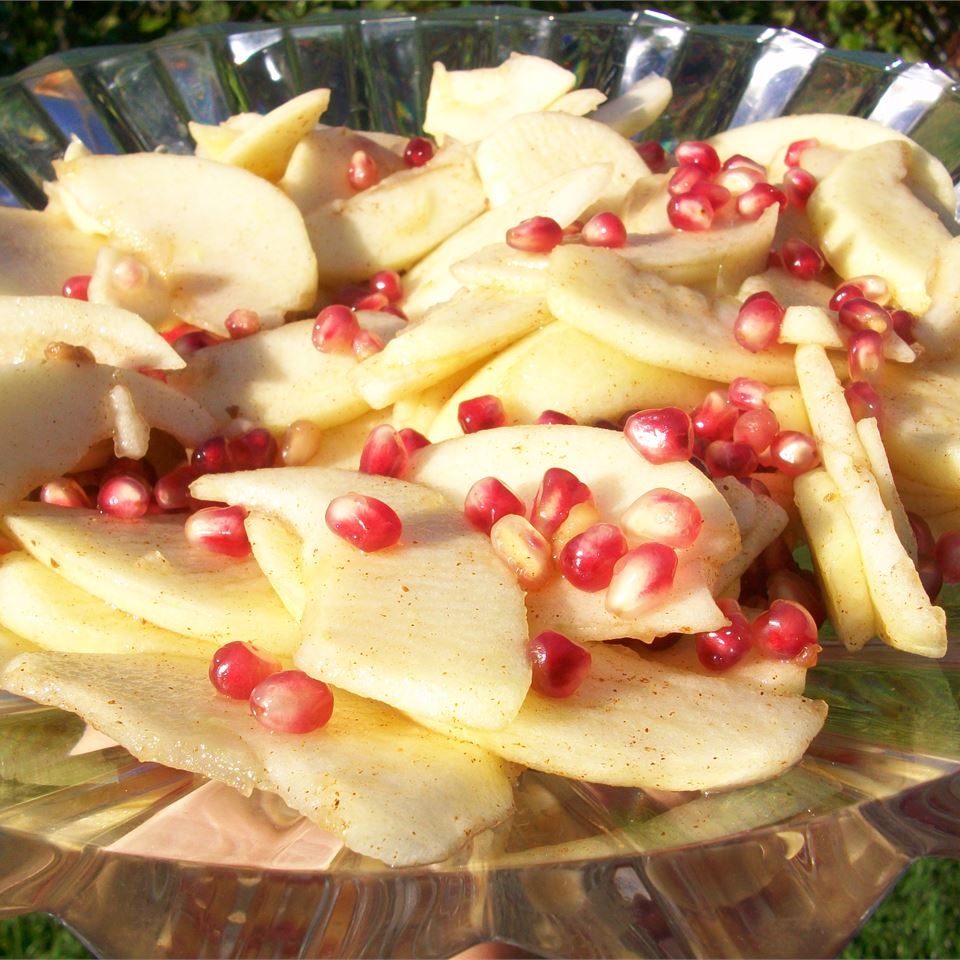 Spiced Pears and Pomegranate Chef4Six