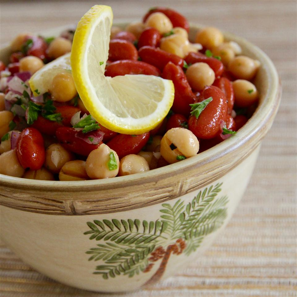 Middle Eastern Bean Salad gubby420