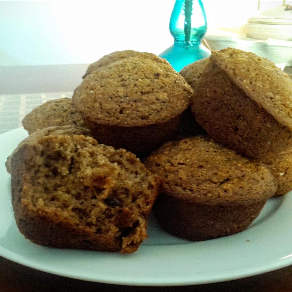Muesli-Applesauce Muffins justmelaura