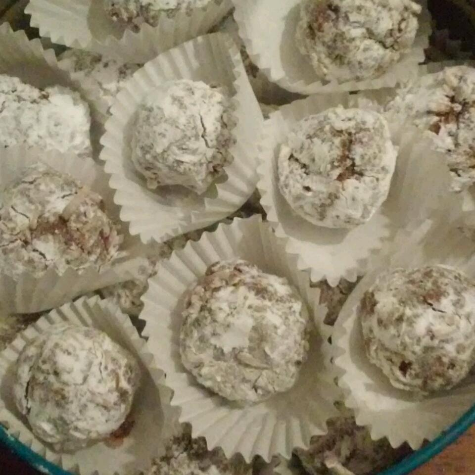 No Bake Rum Balls Alliee Patterson