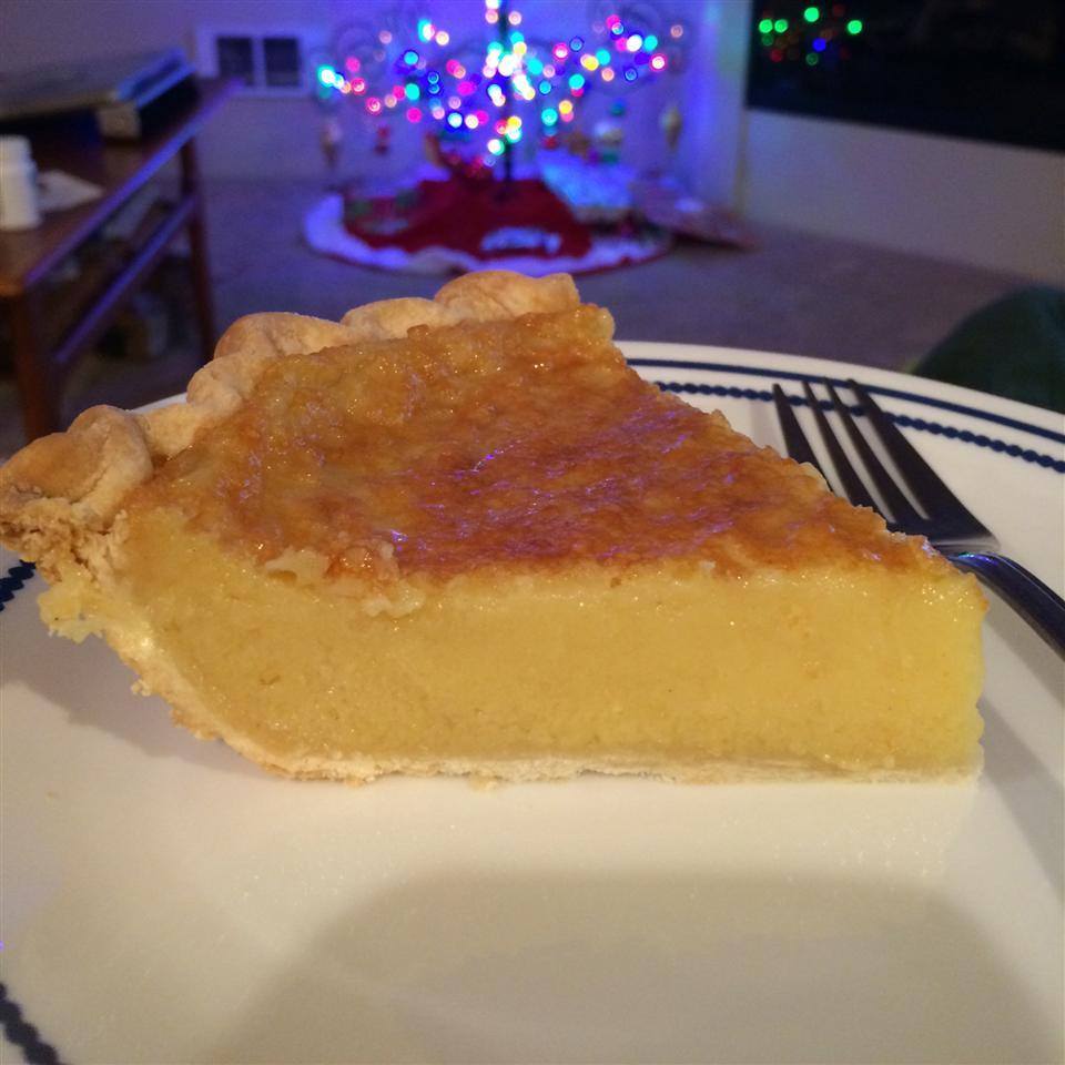 Holiday Eggnog Pie Liz