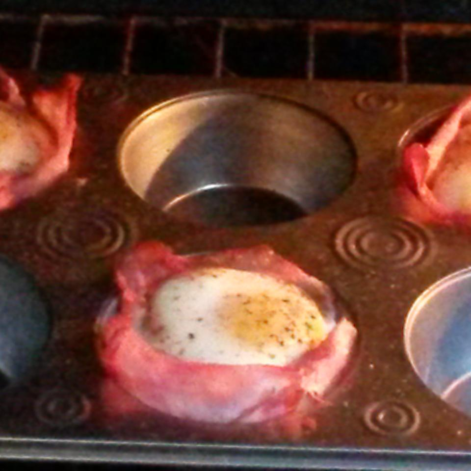 Ham Cups and Eggs Picky Kitty