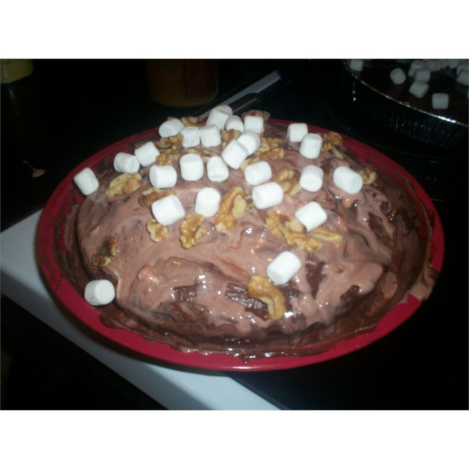Rocky Road Turtles® Cake