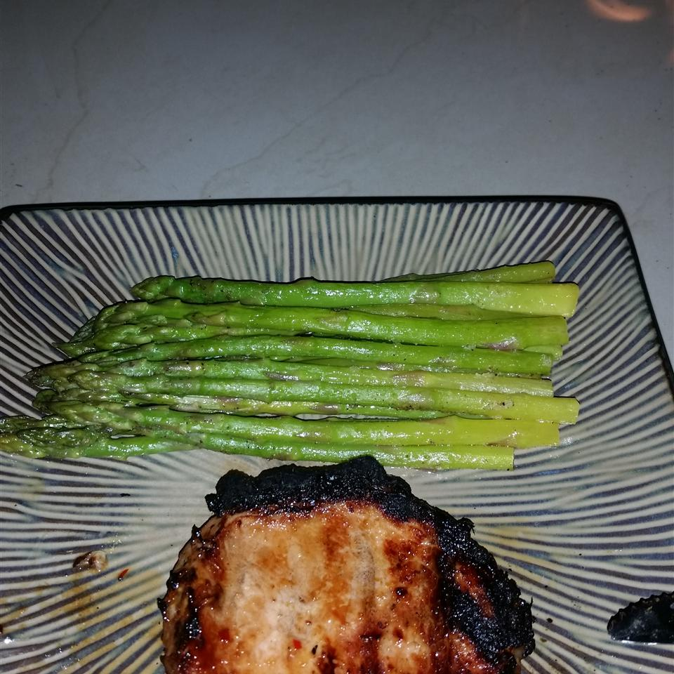 Grilled Asian Ginger Pork Chops tlawaa
