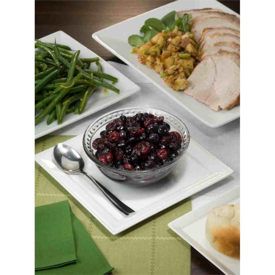 Festive Fresh Blueberry and Cranberry Relish Karen
