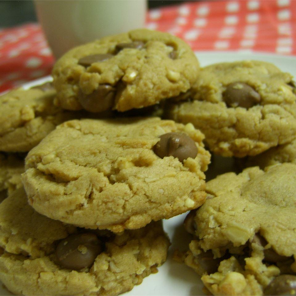 Peanut Butter Cookies with Chocolate Chunks HEIDI4
