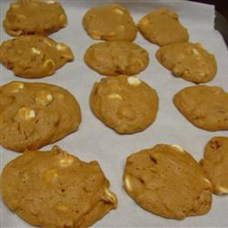 Pumpkin Pecan White Chocolate Cookies LatinaCook