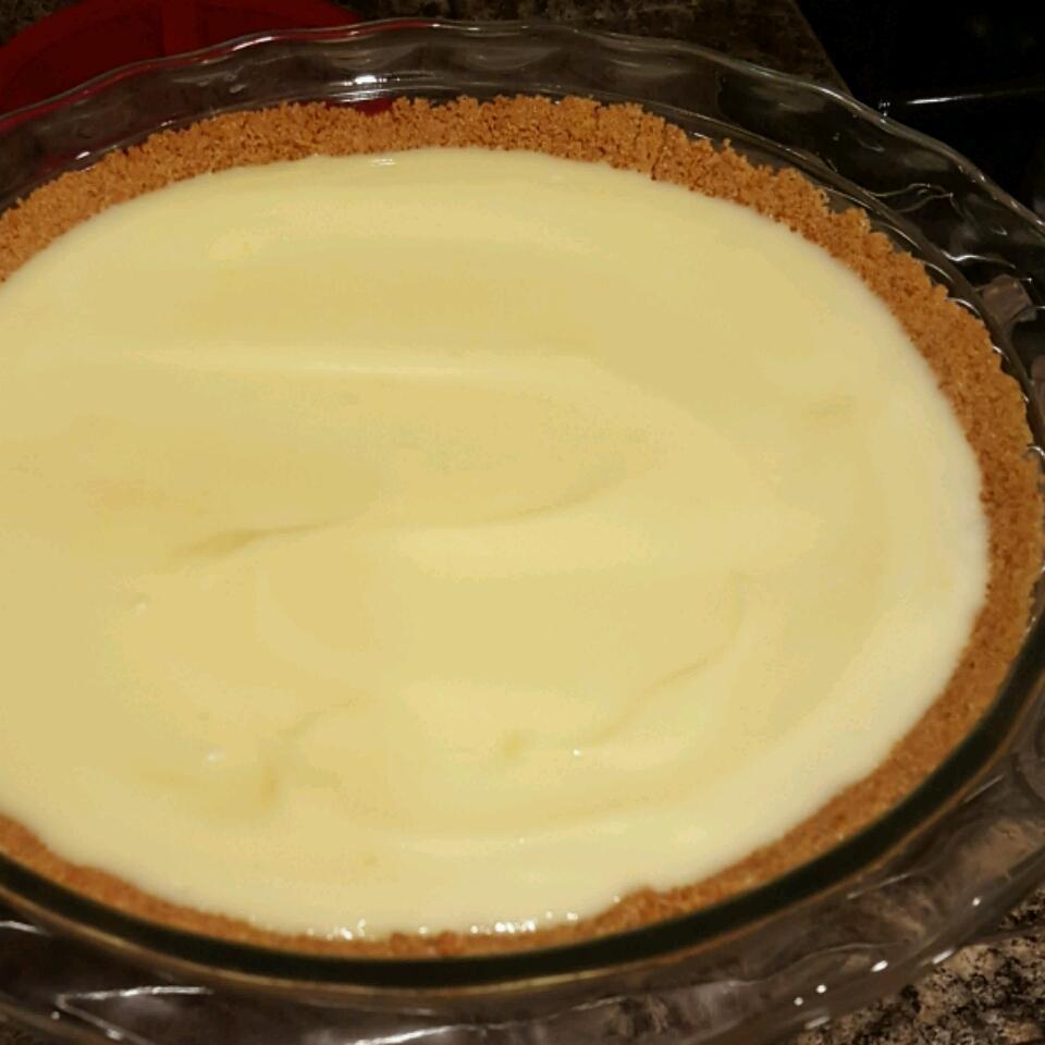 Lemon Lush Pie Shelley. P