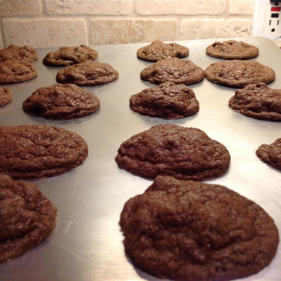 Chewy Chocolate Cookies I DOREEN