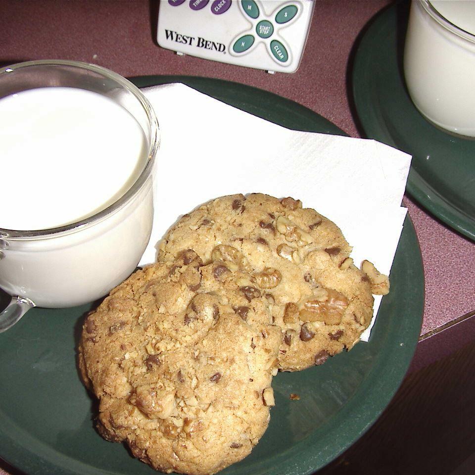 Double Nut Chocolate Chip Cookies Sharon Cuslidge