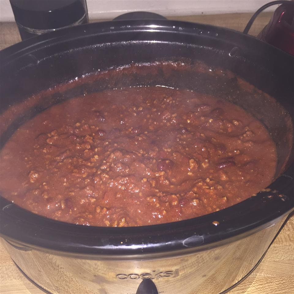 Spicy Slow-Cooked Chili