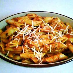 Ziti with Tomato-Pesto Sauce