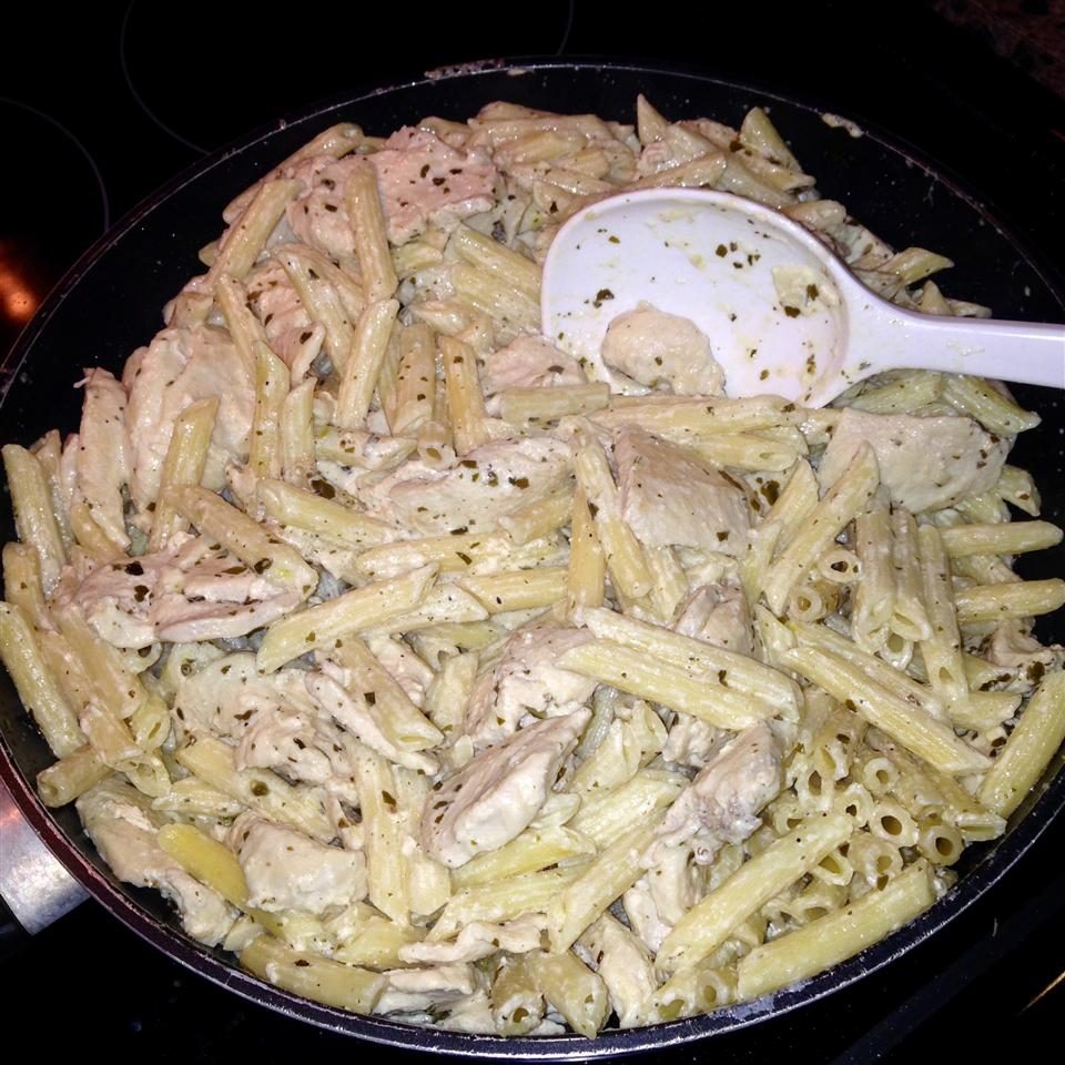 Penne with Chicken and Pesto Ashley Barr
