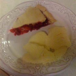 Cranberry Apple Pie I Tara Marchese