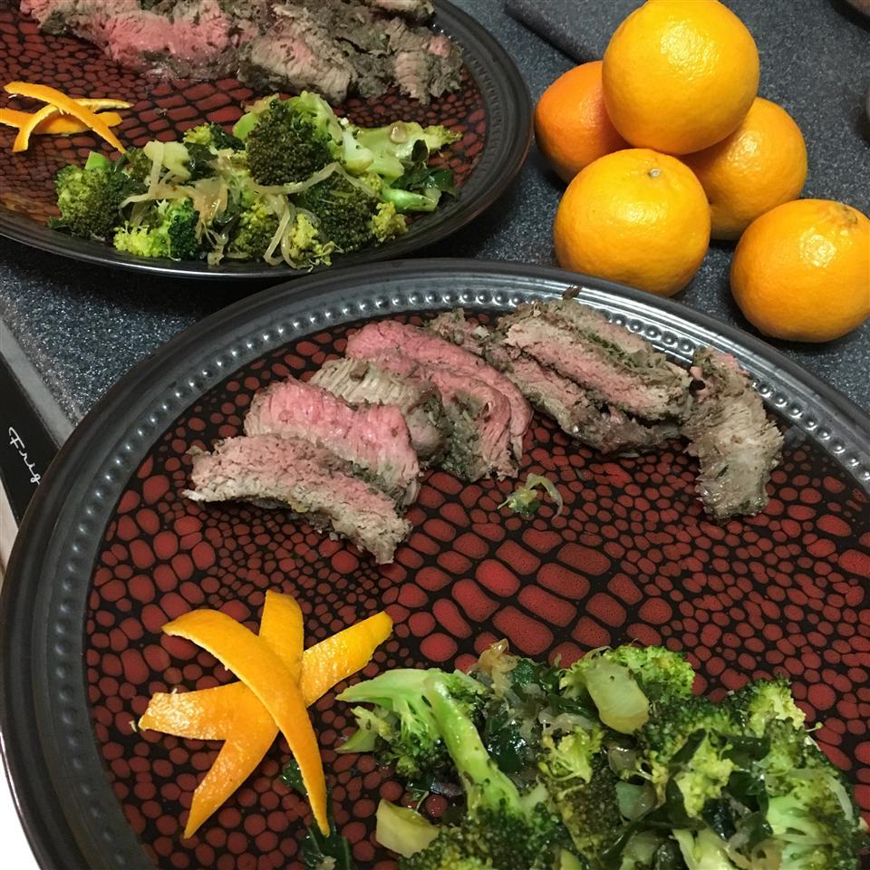 Stir-Fried Kale and Broccoli Florets