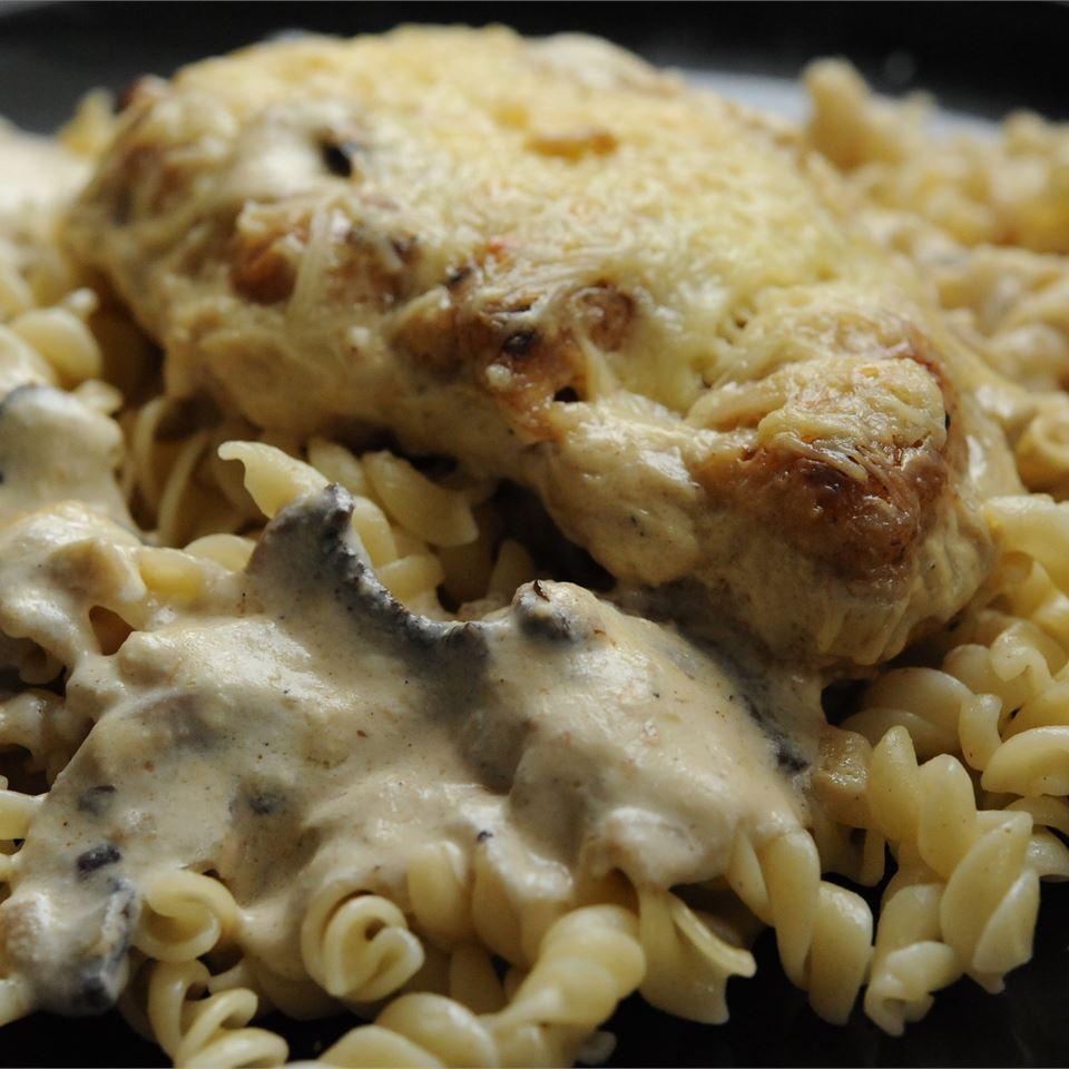 Chicken Gruyere with Sauteed Mushrooms Emmanuelle