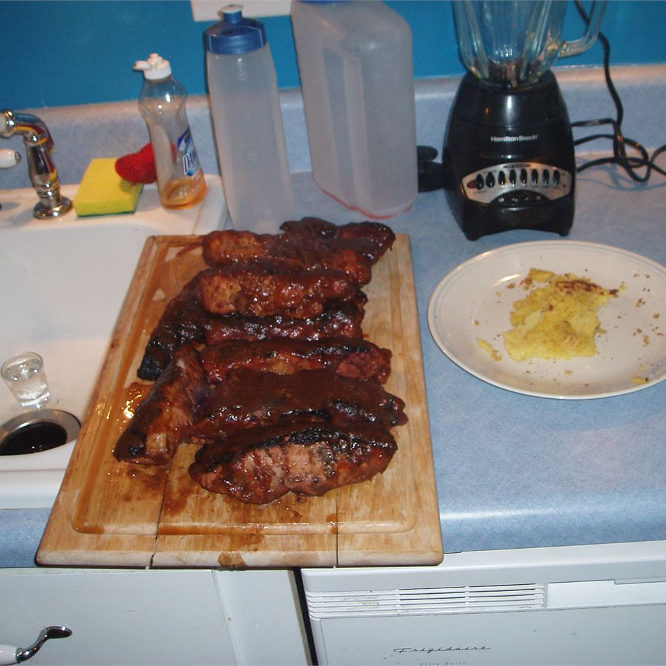 Apple and BBQ Sauce Baby Back Ribs elanalvey