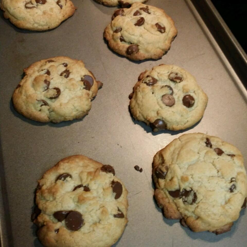 Chocolate Chip Cookies I tifftre11