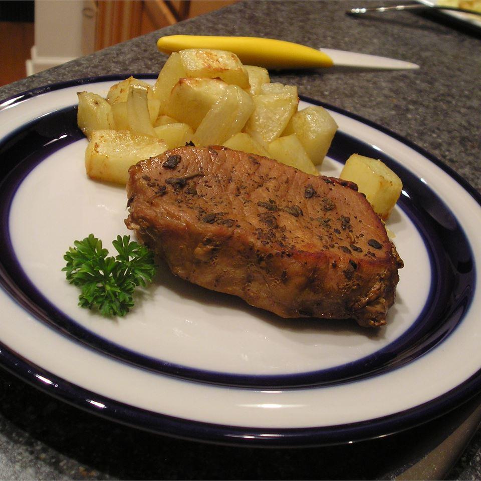 Sage Pork Chops gapch1026