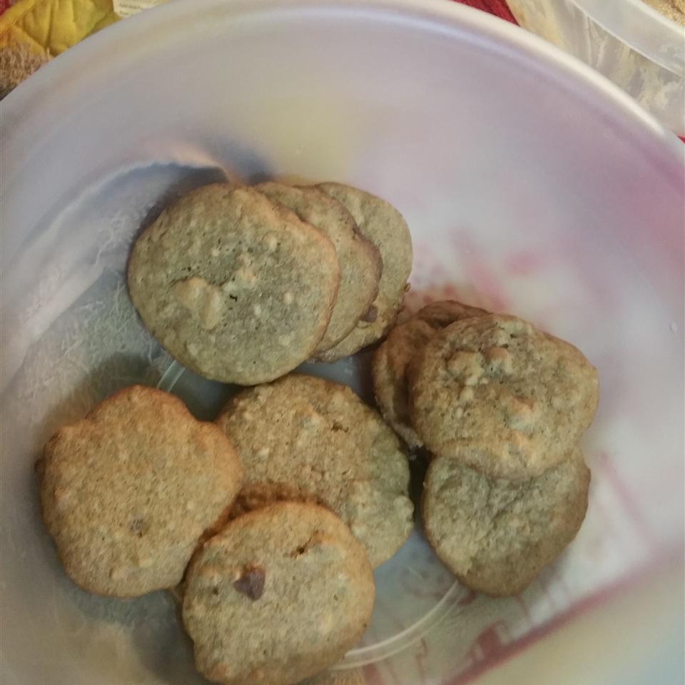 Chewy Cinnamon Cookies Caroline Williams