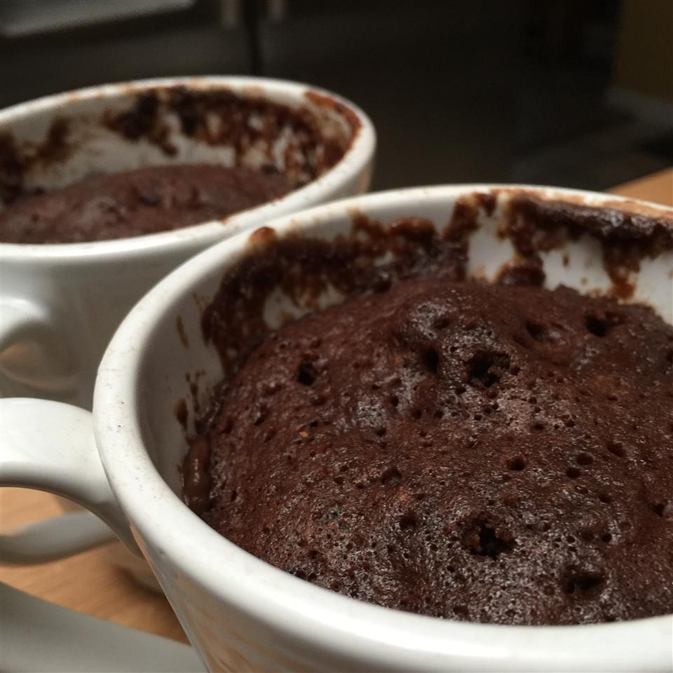 Microwave Chocolate Mug Cake ohhhhhyum