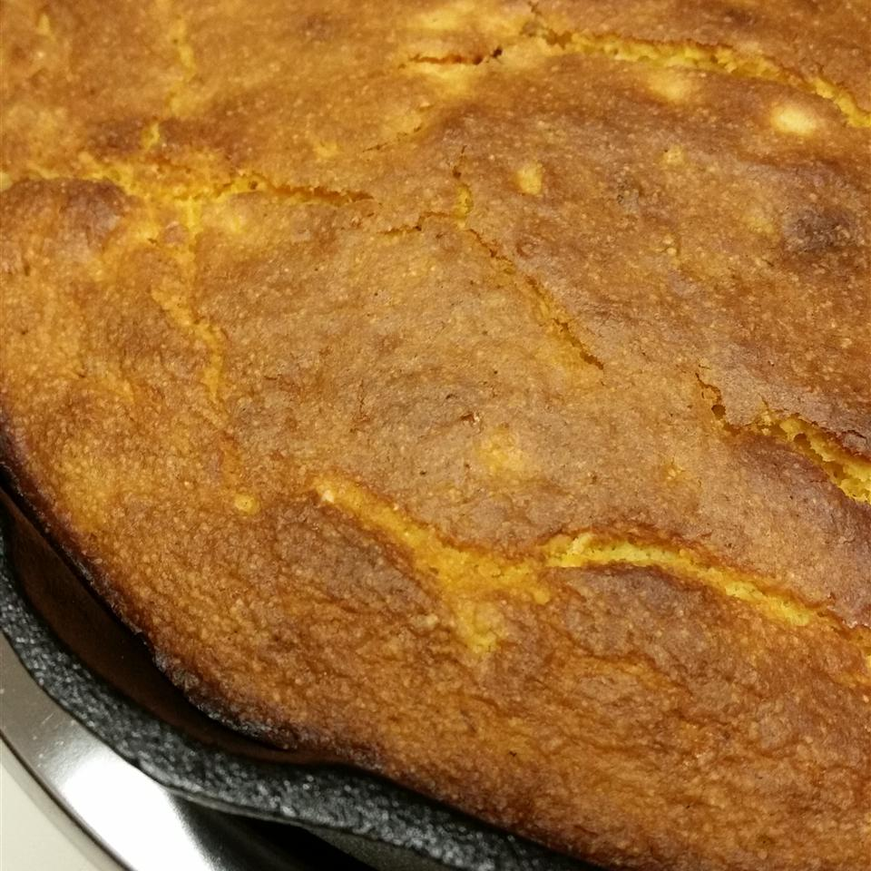 Bacon Sweet Potato Cornbread mlipari